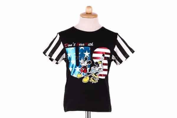 เสื้อยืดเด็กแขนสั้น CI-SI สีดำแขนลาย สกรีน Mickey Mouse & Minnie Mouse : Don't mess with US 2