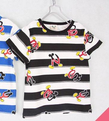 เสื้อยืดเด็กแขนสั้น CI-SI ลายขวางสีขาว-ดำ สกรีนตัวอักษร Mickey Mouse 1