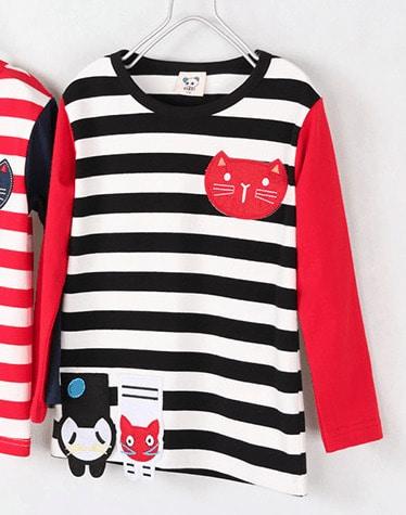 เสื้อยืดเด็กแขนยาว CI-SI ลายขวางสีดำตัดแขนสีแดง ปักแปะน้องแมว 1