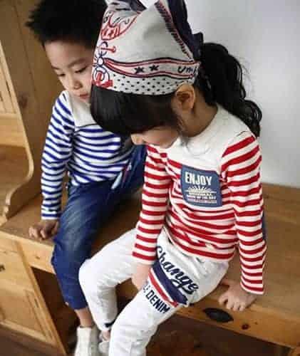 เสื้อยืดเด็กแขนยาวลายขวางสีแดง ปักแปะ Apple Smile 3