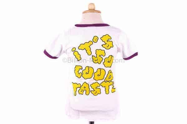 เสื้อยืดเด็กแขนสั้นสีขาวขลิบม่วง สกรีน BOOM It's so good taste 5