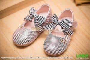 รองเท้าคัทชูเด็กผู้หญิงสีชมพูแต่งโบว์